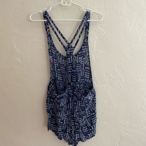 Urban Outfitters Other - Patterned romper